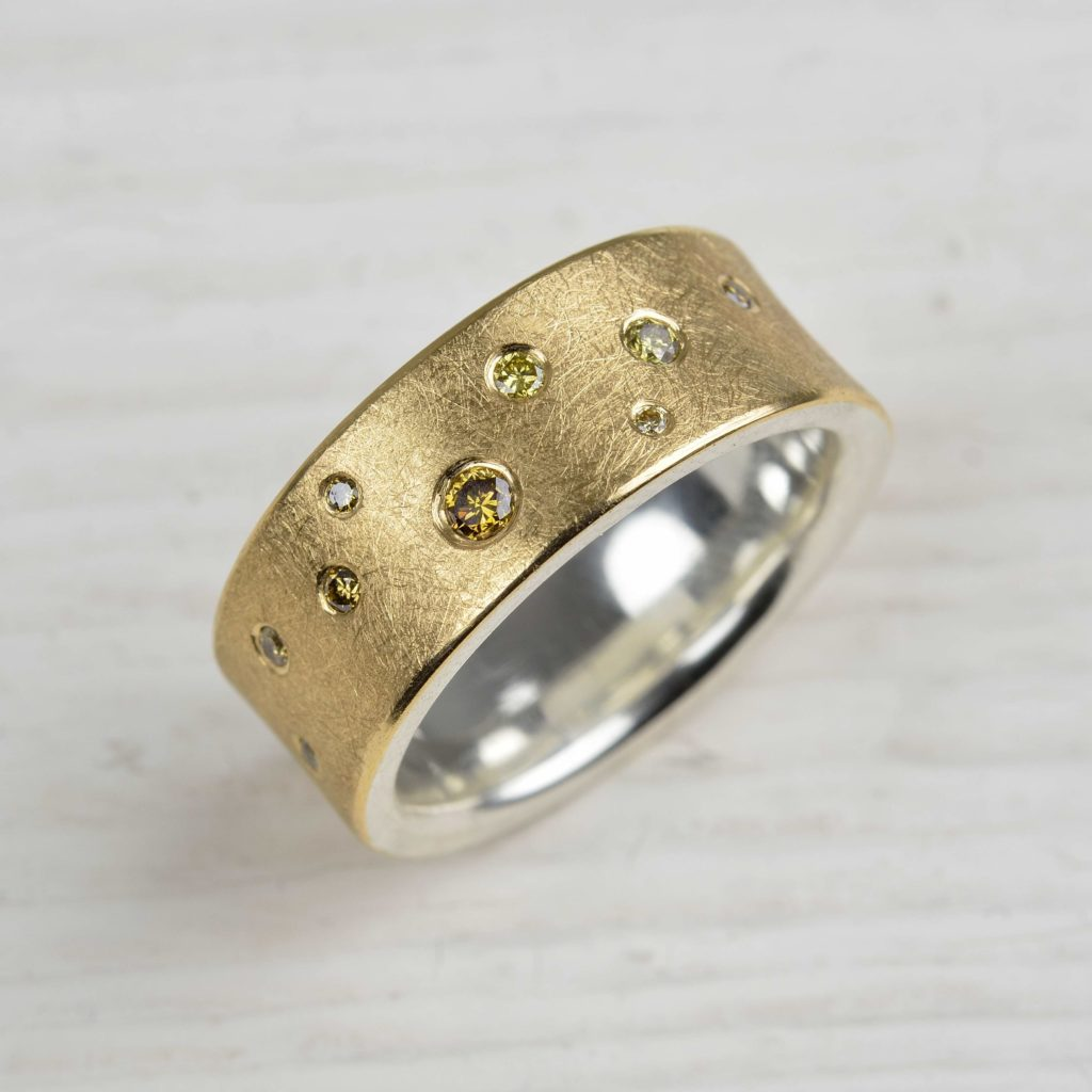 18ct gold and sterling silver ring with coloured diamonds
