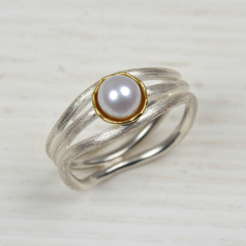 sterling silver and 18ct gold ring with freshwater pearl