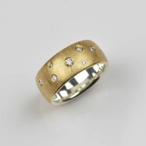 18ct gold and sterling silver ring with diamonds
