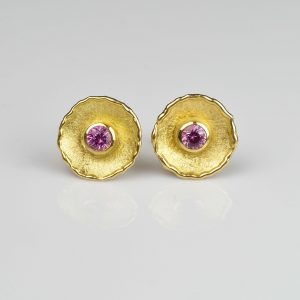18ct gold ear studs with pink sapphire