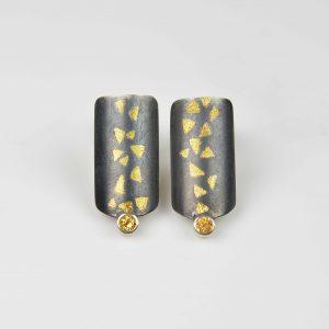 silver and finegold mandarine garnet earrings
